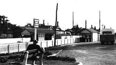 Mitcham railway station